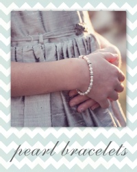 wedding party jewelry - pearl bridesmaid bracelets.
